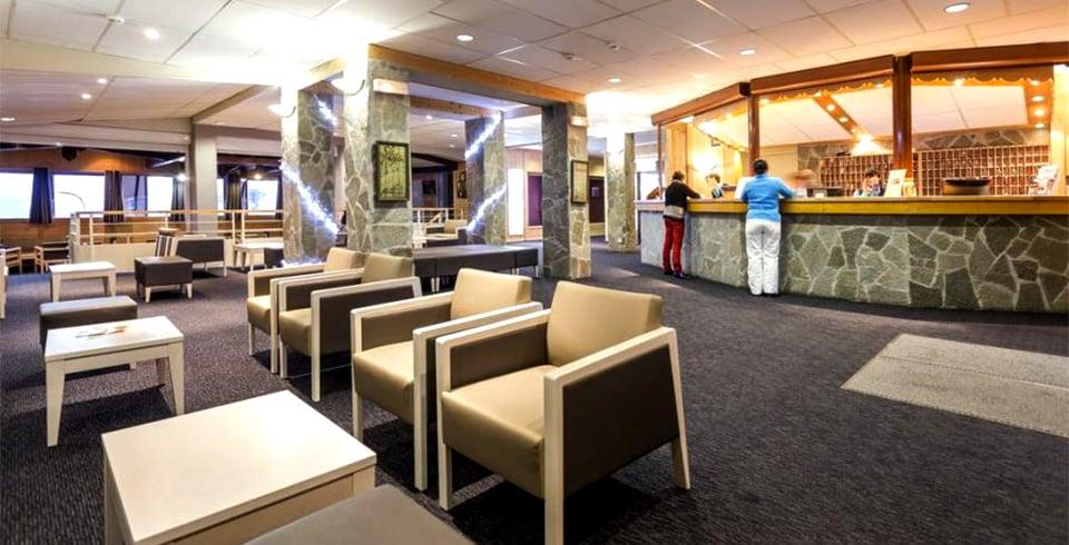 Réception de l'hôtel Les Bergers à l'Alpe d'Huez