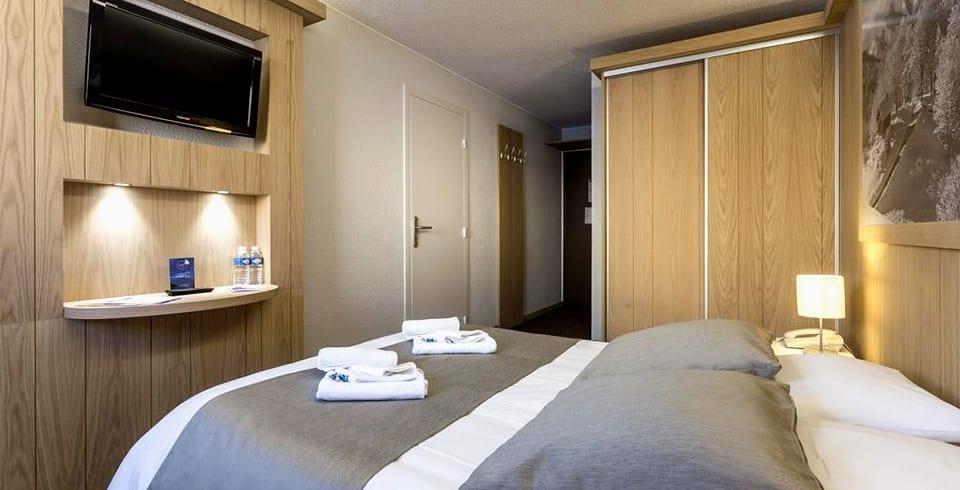 Une chambre de l'hôtel Les Bergers à l'Alpe d'Huez